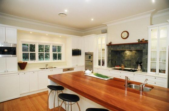Kitchen Benchtop Ideas by Builtron Project Management