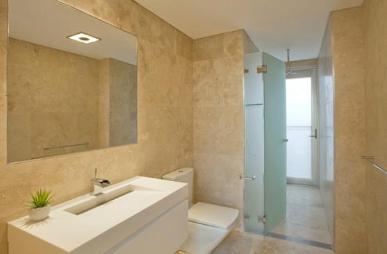 UNPUBLISHED_Bathrooms