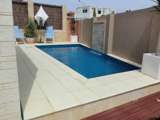 Swimming Pool Designs by Backyard Pools & Landscapes
