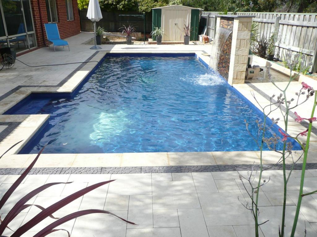 Backyard pools landscapes pool builders servicing for Garden pool builders