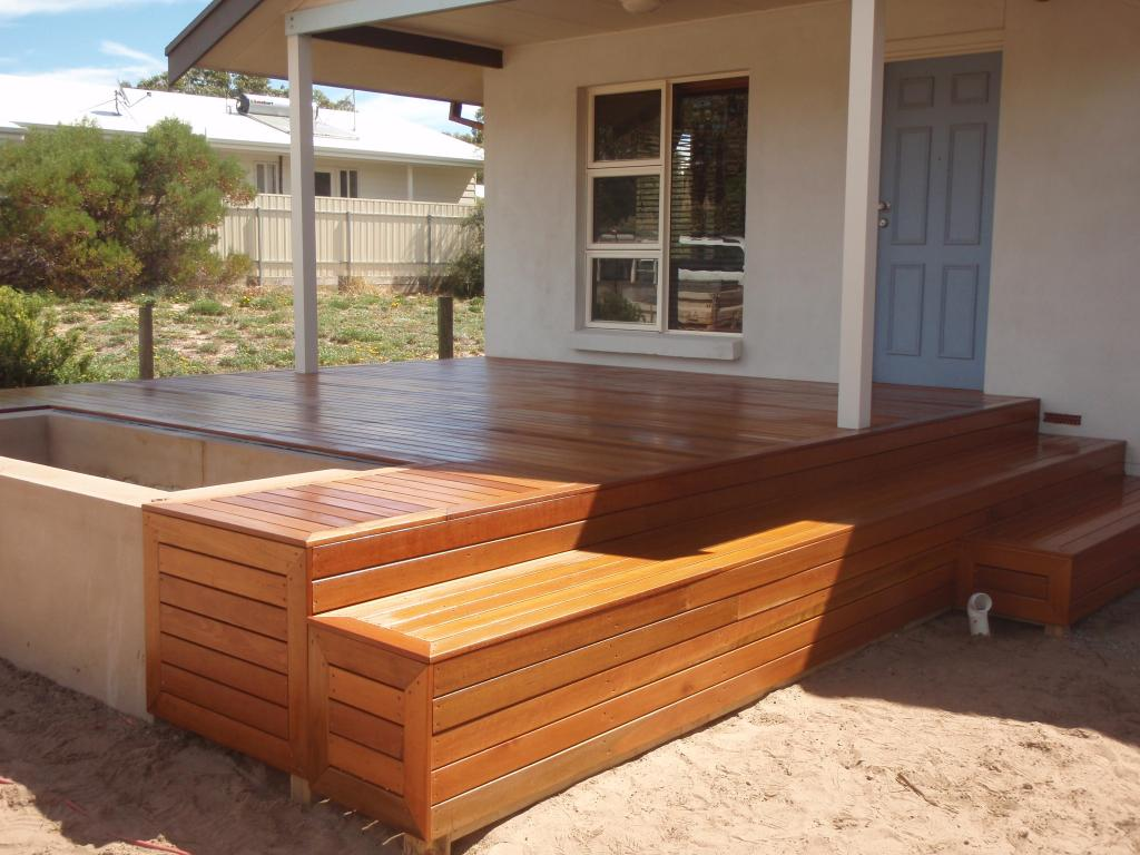 Timber decks inspiration relaxed outdoor living Relaxed backyard deck ideas