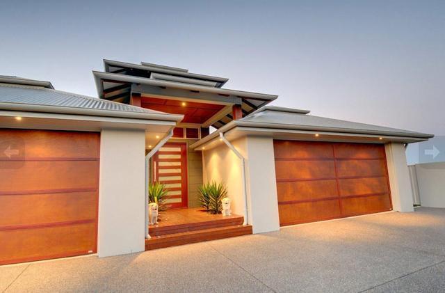 Entrance Designs by Troy Trevitt Homes