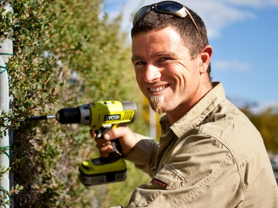 Find a Handyman near me - get 3 Handyman quotes