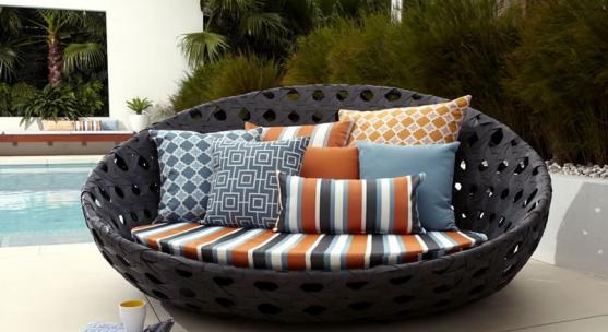 Outdoor Furniture by Miracle Moods