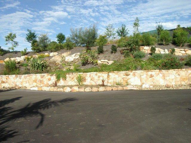 Design to detail landscape garden design sunshine for Landscape contractors adelaide