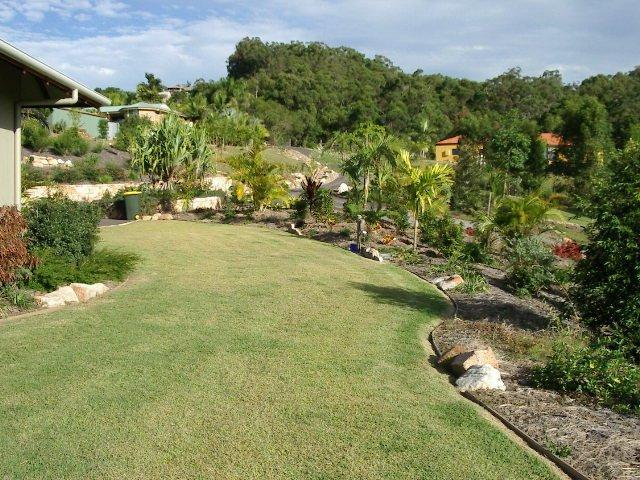 Design to detail landscape garden design sunshine for Outdoor garden designers adelaide