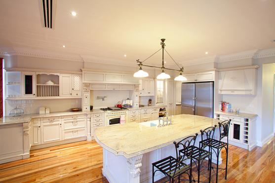 Kitchen Design Ideas by Eco Sure Homes Pty Ltd
