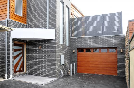 Entrance Designs by Mavi Homes Projects