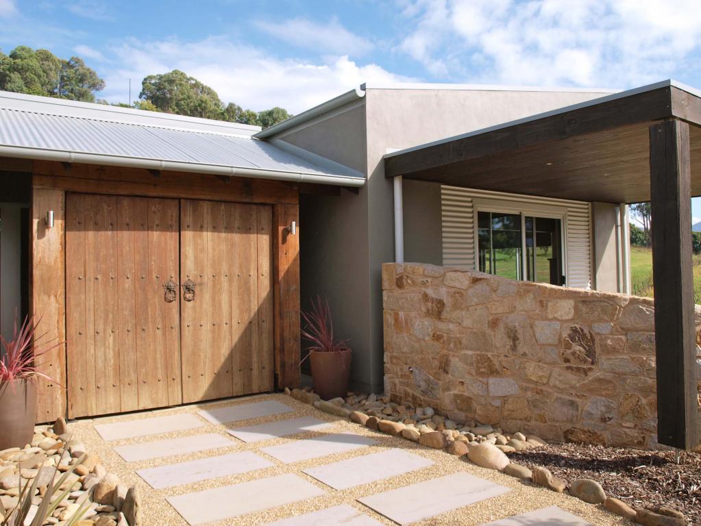 Garage Design Ideas by Skaylor Homes