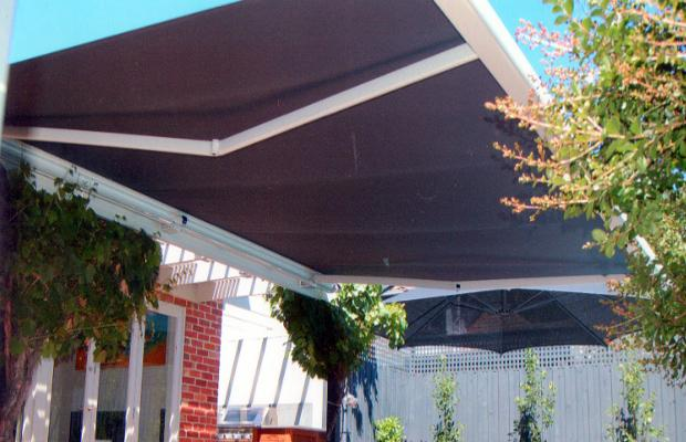 Professional Outdoor Folding Arm Awning Supply