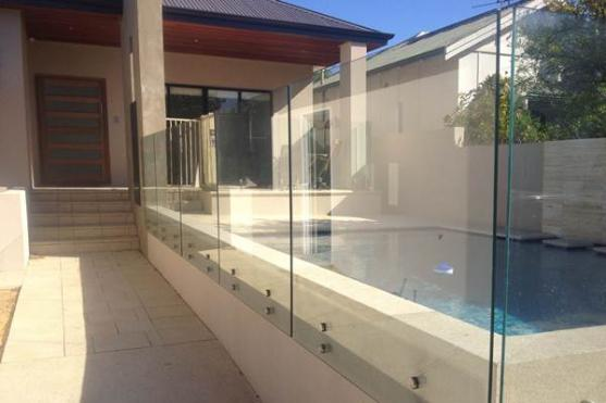 Pool Fencing Ideas by Kiss Glass Pty Ltd