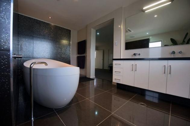 Get inspired by photos of bathrooms from australian designers trade professionals page 7get - Pioneering bathroom designs ...