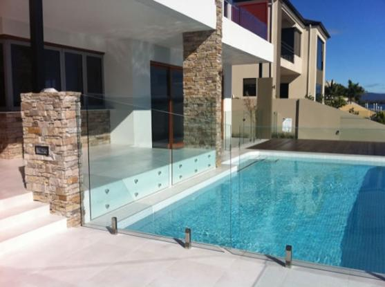 Pool Fencing Ideas by Leading Edge Frameless Glass