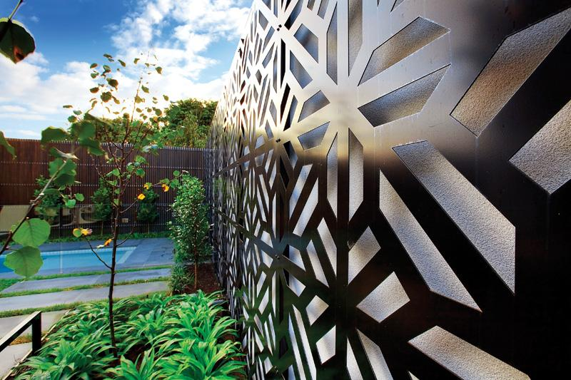 Create A Feature Wall In Your Garden With A Splash Of