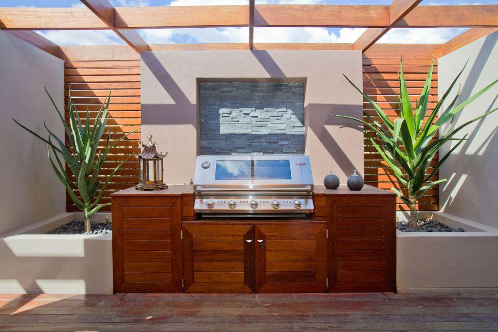 Inspiration national tiles p l australia for Outside feature wall ideas