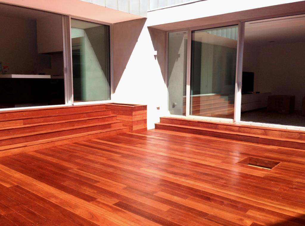 Composite decking inspiration melbourne decking for Australian hardwood decking