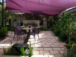 Landscaping lighting adelaide south based in o for Gardening services adelaide