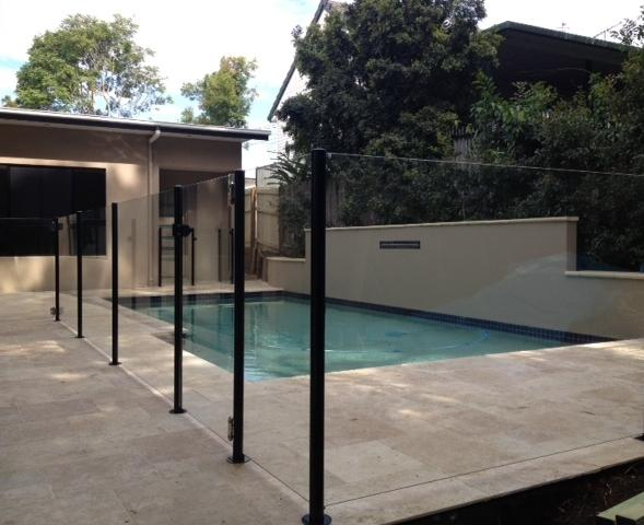 Piranha fencing pty ltd capalaba queensland 4 for Pool fence design qld