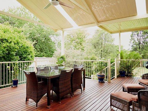 Elevated Decking Ideas by Outside Concepts Mornington