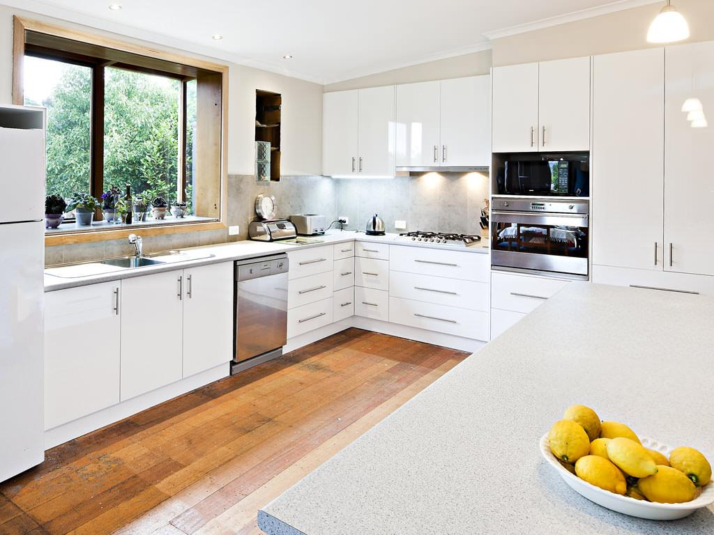 Whites kitchens reservoir victoria reviews hipages for Kitchen designs melbourne