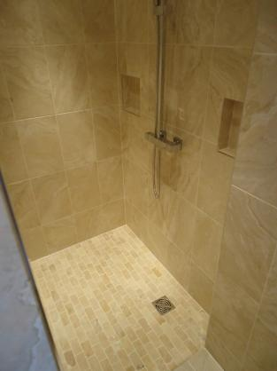 Tile Design Ideas by Bathrooms by William