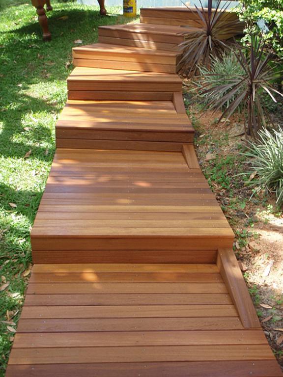 Composite decking inspiration build 4 u australia for Australian hardwood decking