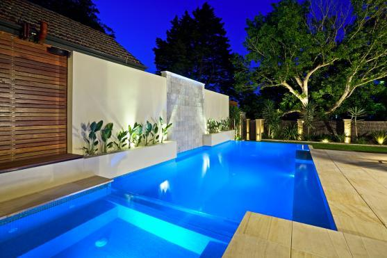 Universal pools spas gold coast brisbane northern for Pool home show brisbane