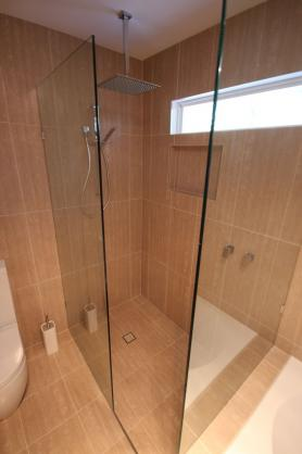 Frameless Shower Screen Designs by TM Residential Projects