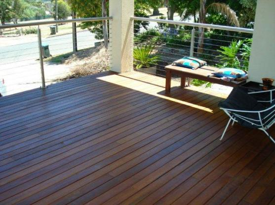 Elevated Decking Ideas by Tono Constructions