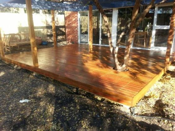 Elevated Decking Ideas by MJ Harris Carpentry