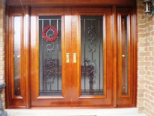 2-in-1 Door