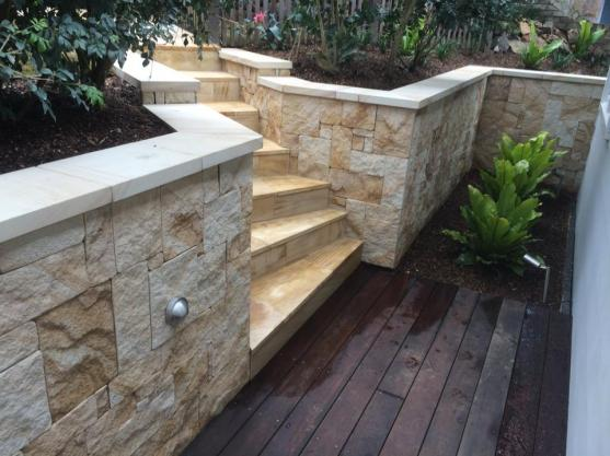Retaining Wall Design Ideas by HOLLANDSCAPES