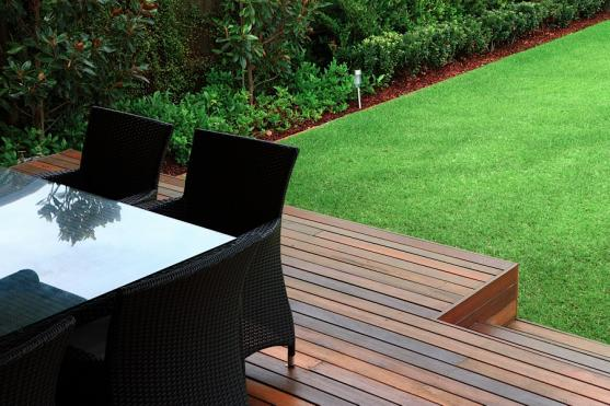 Elevated Decking Ideas by Art in Green
