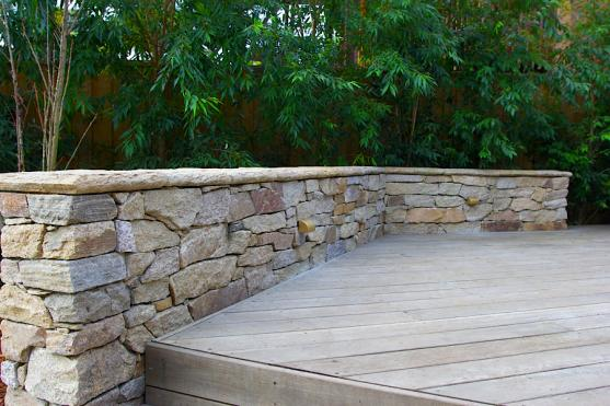 Retaining Wall Design Ideas by Art in Green