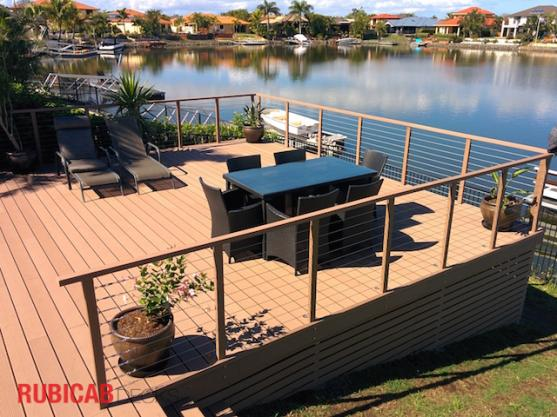 Elevated Decking Ideas by RUBICAB Projects