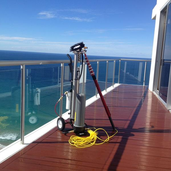 Window Cleaning Pole System: Exterior Cleaning Services