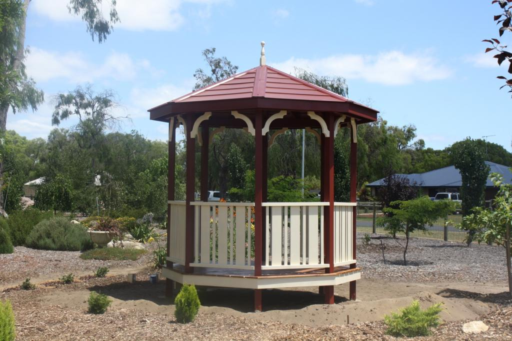 How much does a gazebo cost for Average cost to build a pavilion