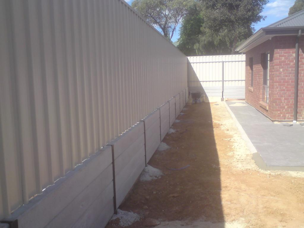 Sg fencing retaining golden grove adelaide henley for Retaining wall contractors adelaide
