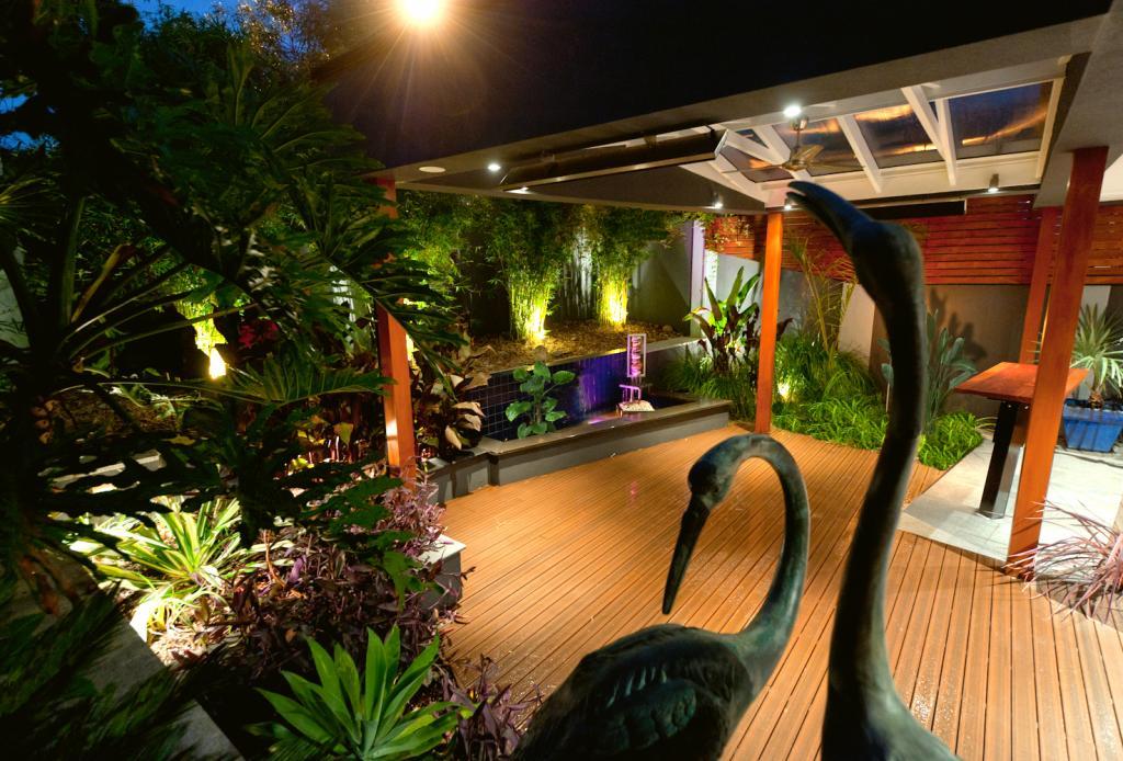 Composite decking inspiration yardstick landscape design for Landscape design and construction adelaide
