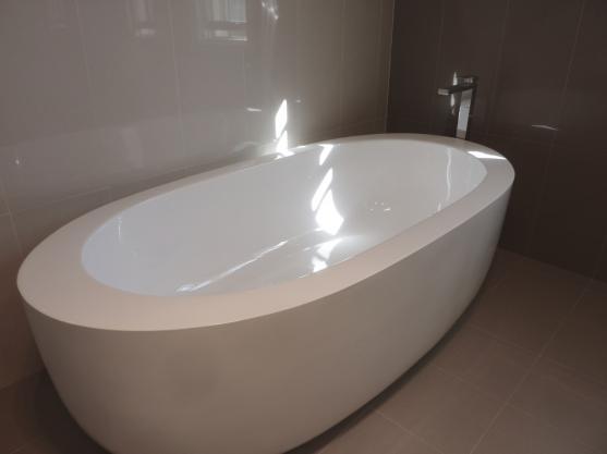 Bathroom Tile Design Ideas by InVogue Bathrooms