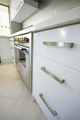 Kitchen Handles Design Ideas by WA Renovations
