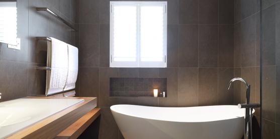 Freestanding Bath Design Ideas by Red Lion Constructions