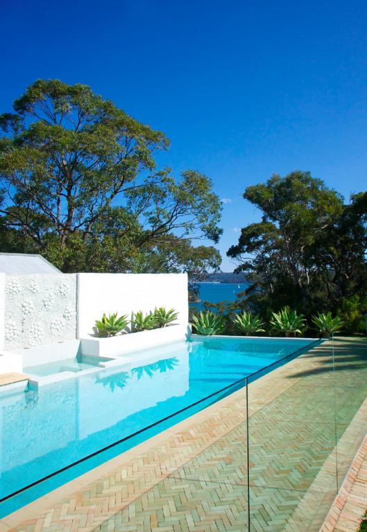 Pool fencing inspiration northern beaches constructions for Pool design northern beaches