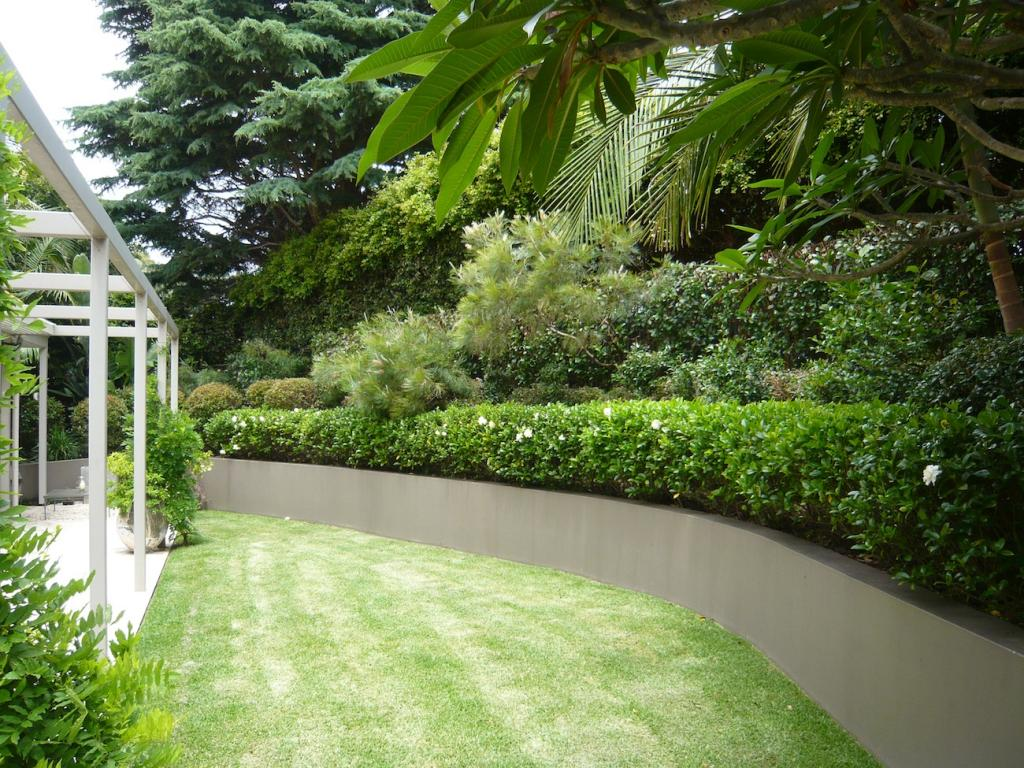 Tranquil Gardens Upper And Lower North Shore And