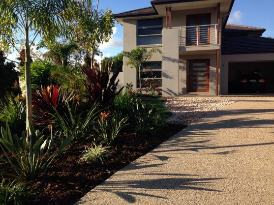Get inspired by photos of gardens from australian for Ground force garden designs