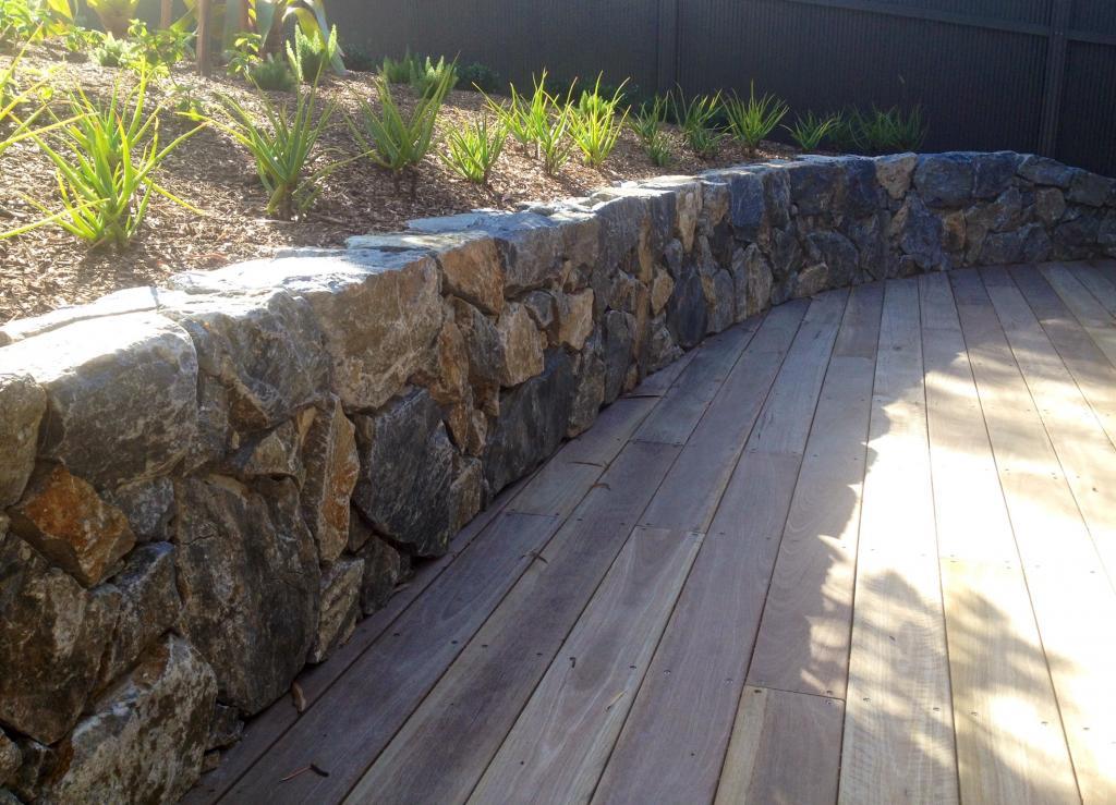 Retaining walls inspiration greenelements landscape for Landscape construction adelaide