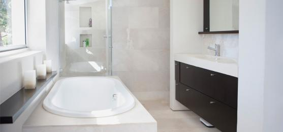 Bath Designs  by Six Stars Renovation Pty Ltd