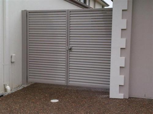 Driveway Gate Designs by Out-Door Aluminium Company