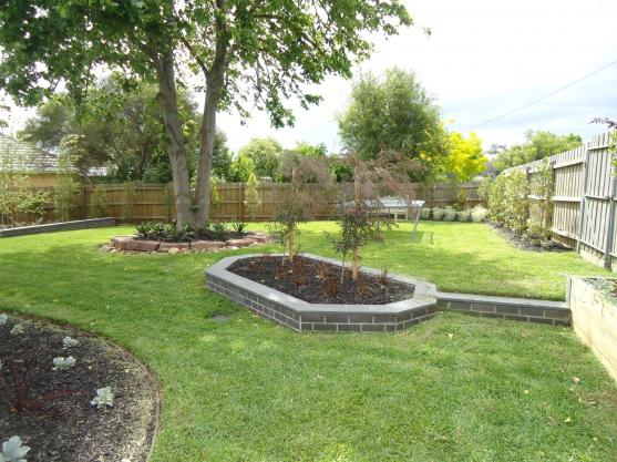 Garden Edging Ideas by Houghton's Landscaping & Paving