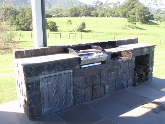 Outdoor Kitchen Ideas by Stonehedge